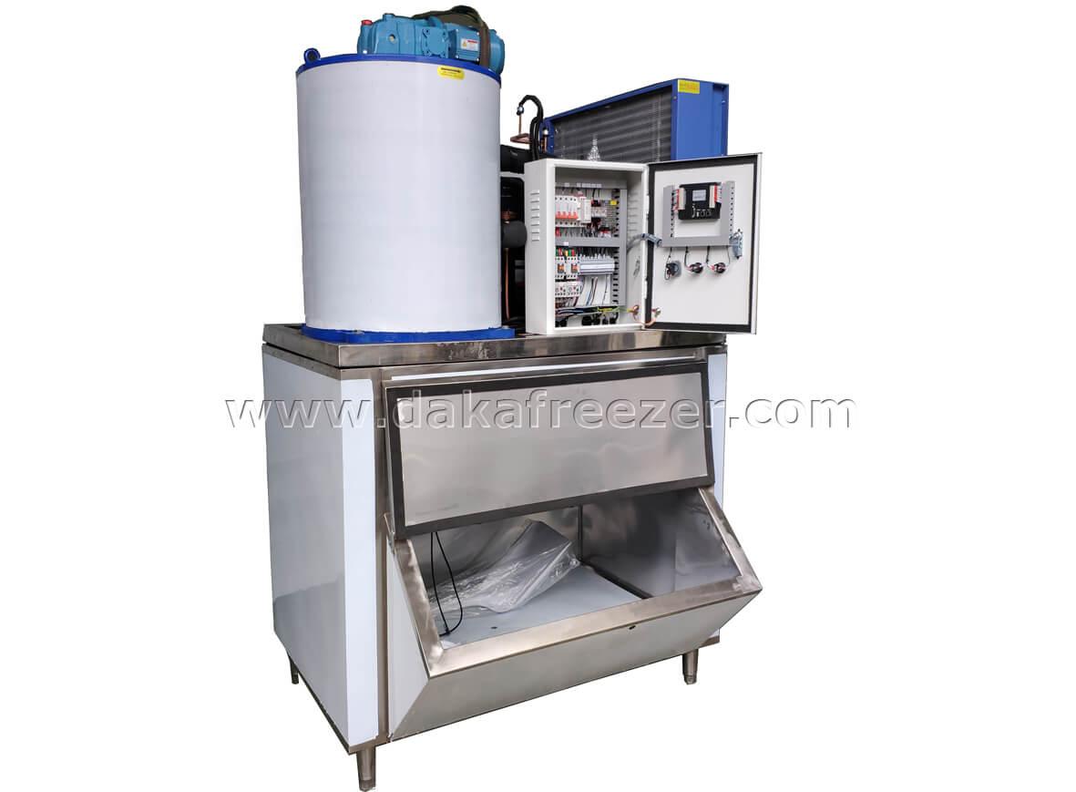 大卡片冰机  日产冰量1.5吨